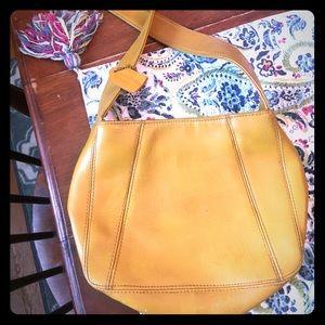Vintage Coach Purse 0517 Mustard Leather